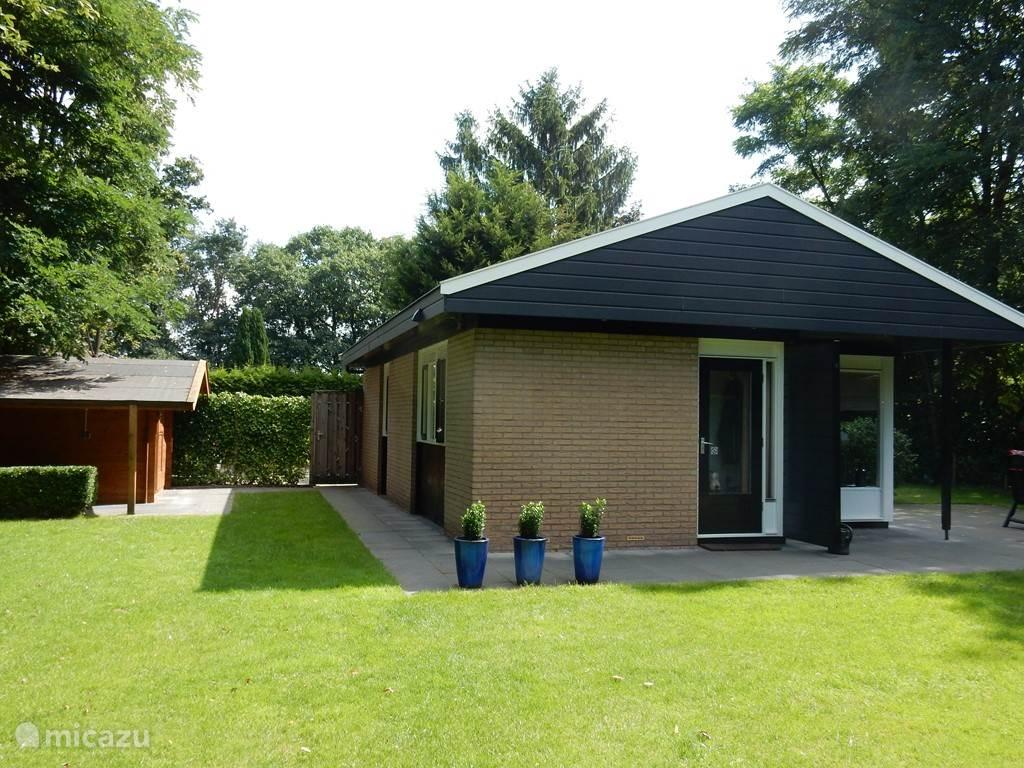 Vakantiehuis Nederland, Overijssel, Denekamp Bungalow Mooi vakantiehuis in Twente-Denekamp