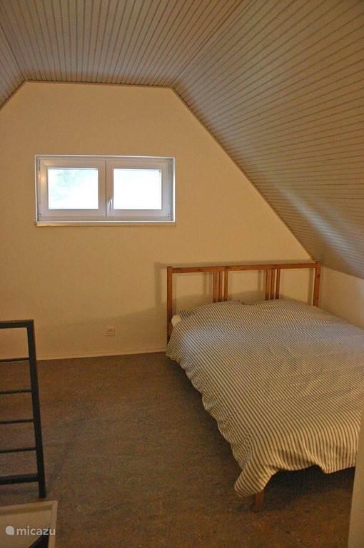 The mezzanine with 140cm bed
