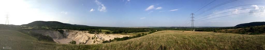 Een mooi uitzicht over de mijn vanaf een heuveltop naast het huis