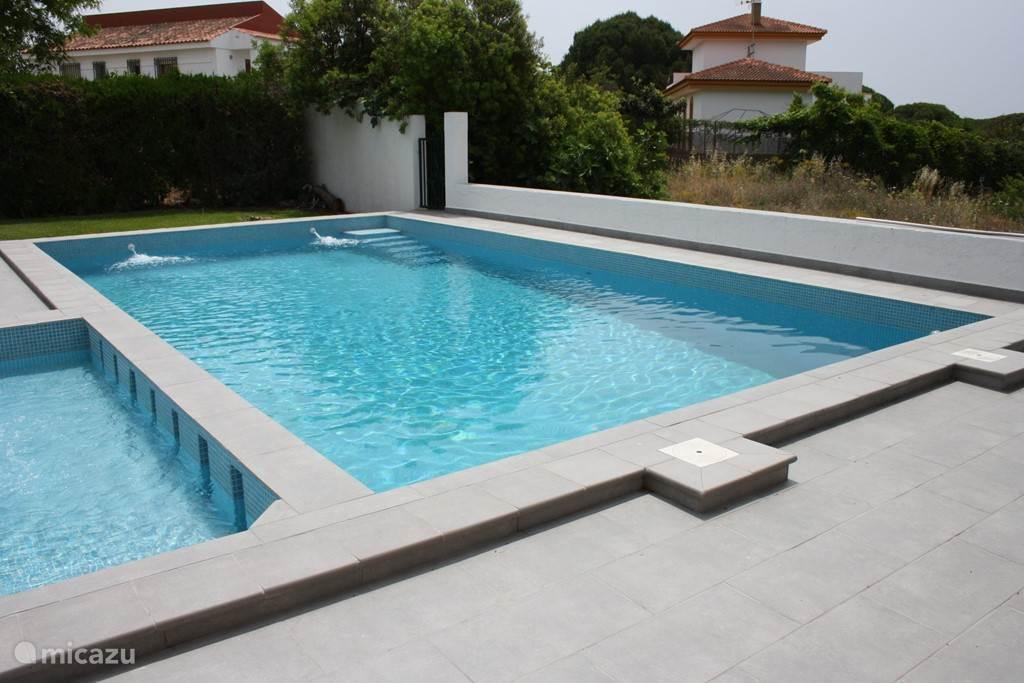 villa casa cristobal in el rompido costa de la luz spanien mieten micazu. Black Bedroom Furniture Sets. Home Design Ideas