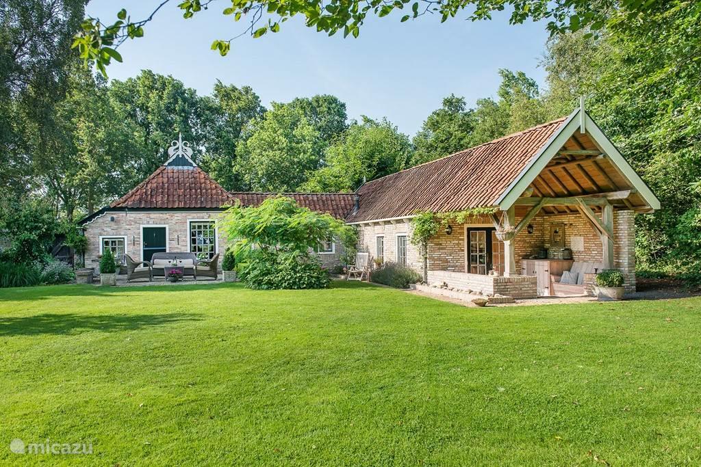 Vakantiehuis Nederland, Friesland, Lippenhuizen - boerderij De Ooievaar een waar paradijsje