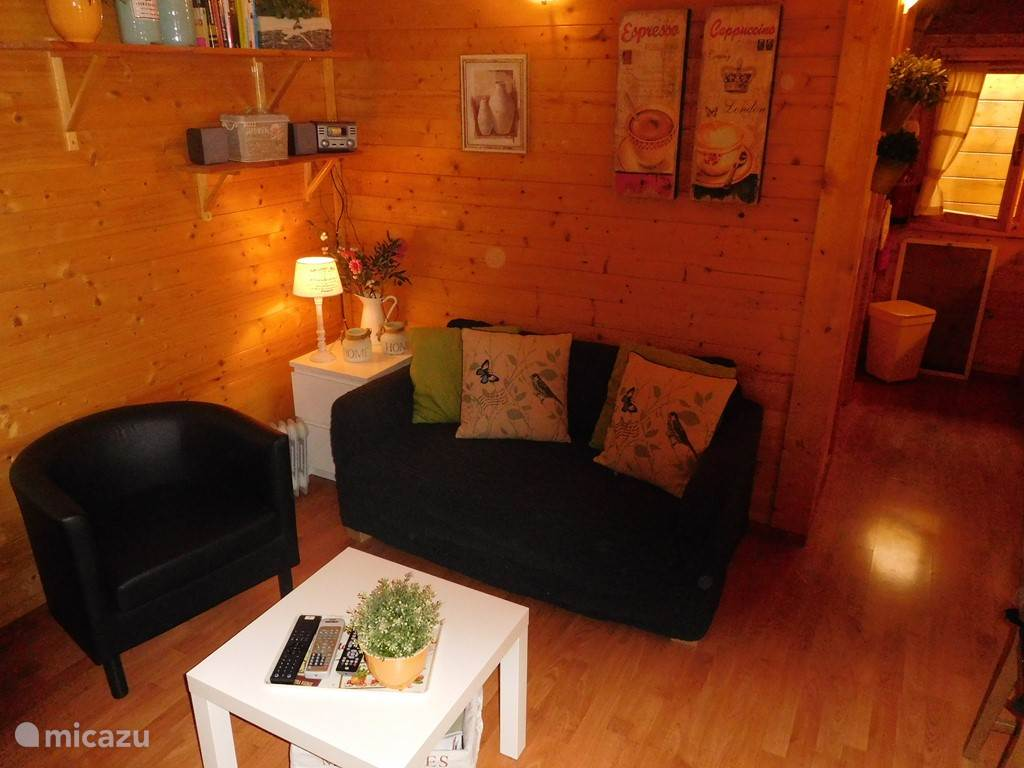 Woonkamer chalet Almelo