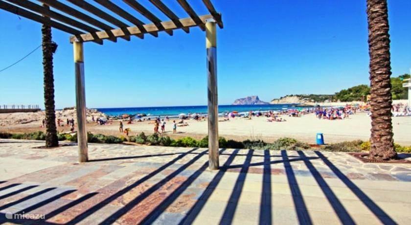 het strand van Moraira