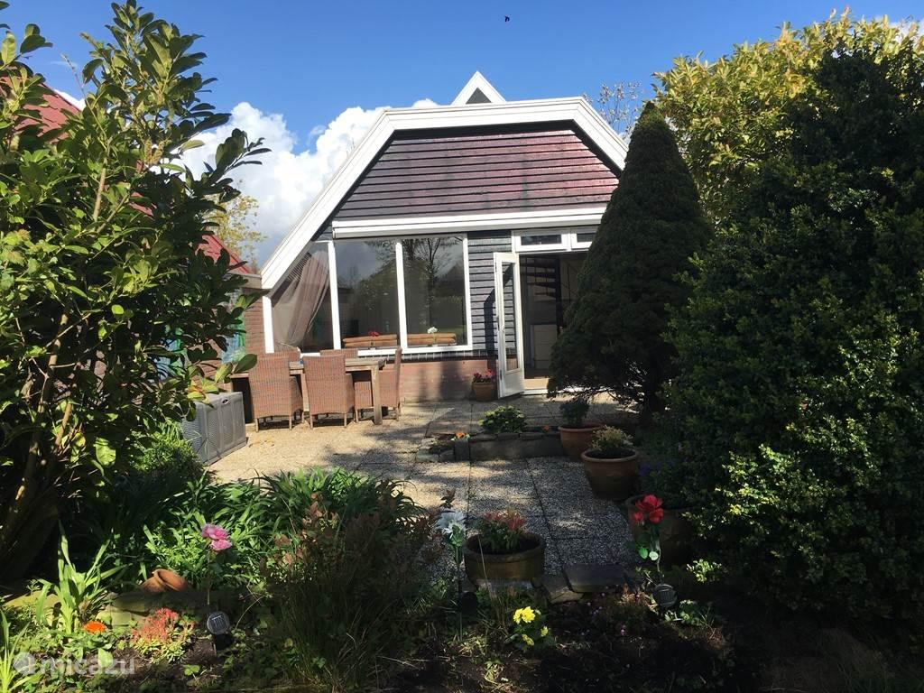 Vakantiehuis Nederland, Noord-Holland, Opmeer bungalow La Fleur