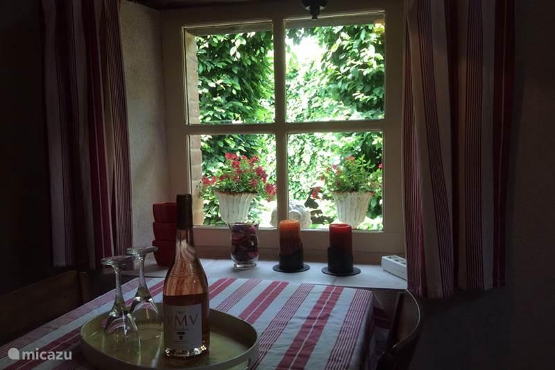 Vakantiehuis Frankrijk, Haute-Vienne, Château-Chervix Vakantiehuis Z-w fr sfeervol aan vis-zwemmeertje