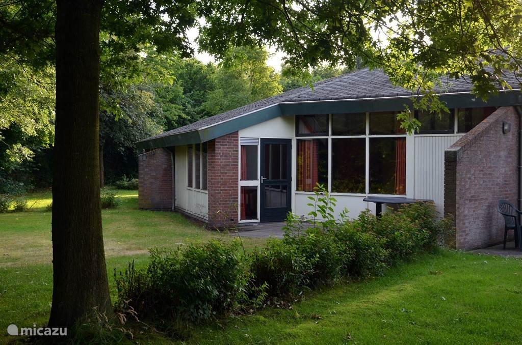 Vakantiehuis Nederland, Drenthe, Westerbork Bungalow  TB 4/6 (geschakelde bungalow)