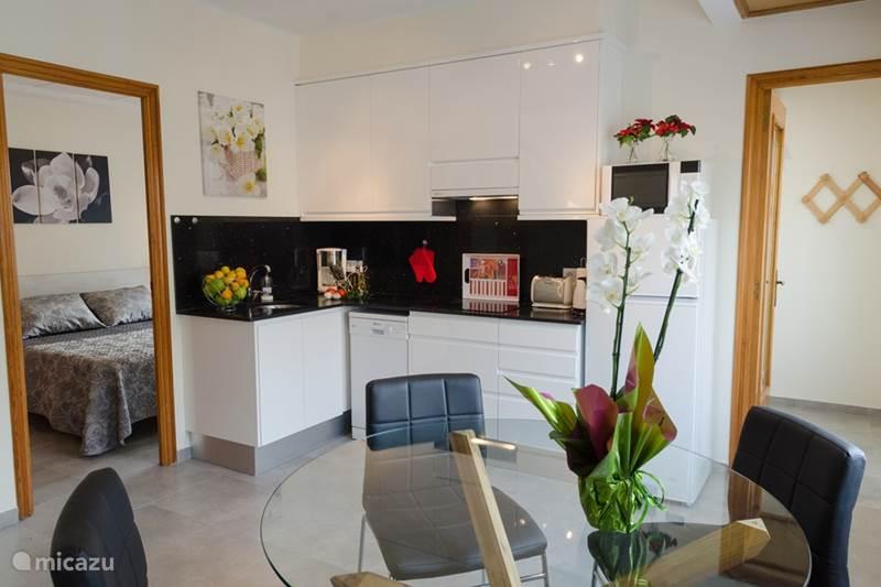 appartement freya 3 in sant carles de la r pita costa dorada spanien mieten micazu. Black Bedroom Furniture Sets. Home Design Ideas