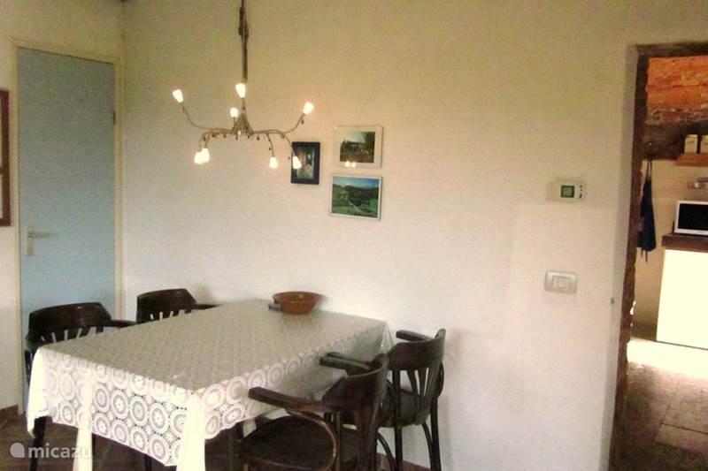 Vakantiehuis Italië, Piëmont, Ceva Appartement Appartement La Cucina