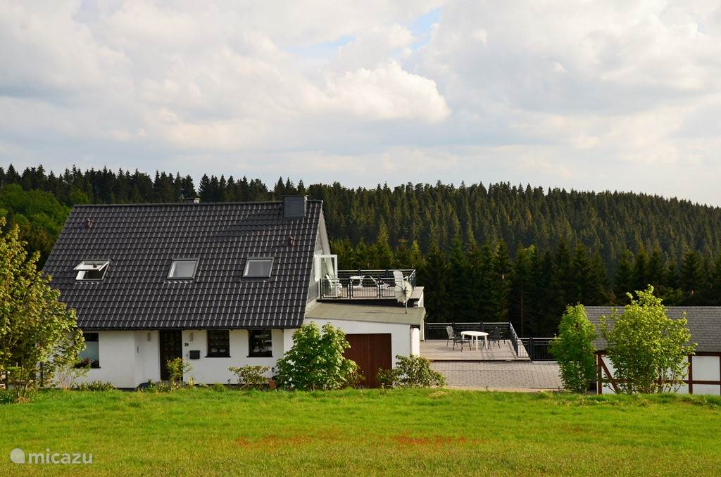 Vakantiehuis Duitsland, Sauerland, Winterberg Appartement Ferienhaus zur Glocke