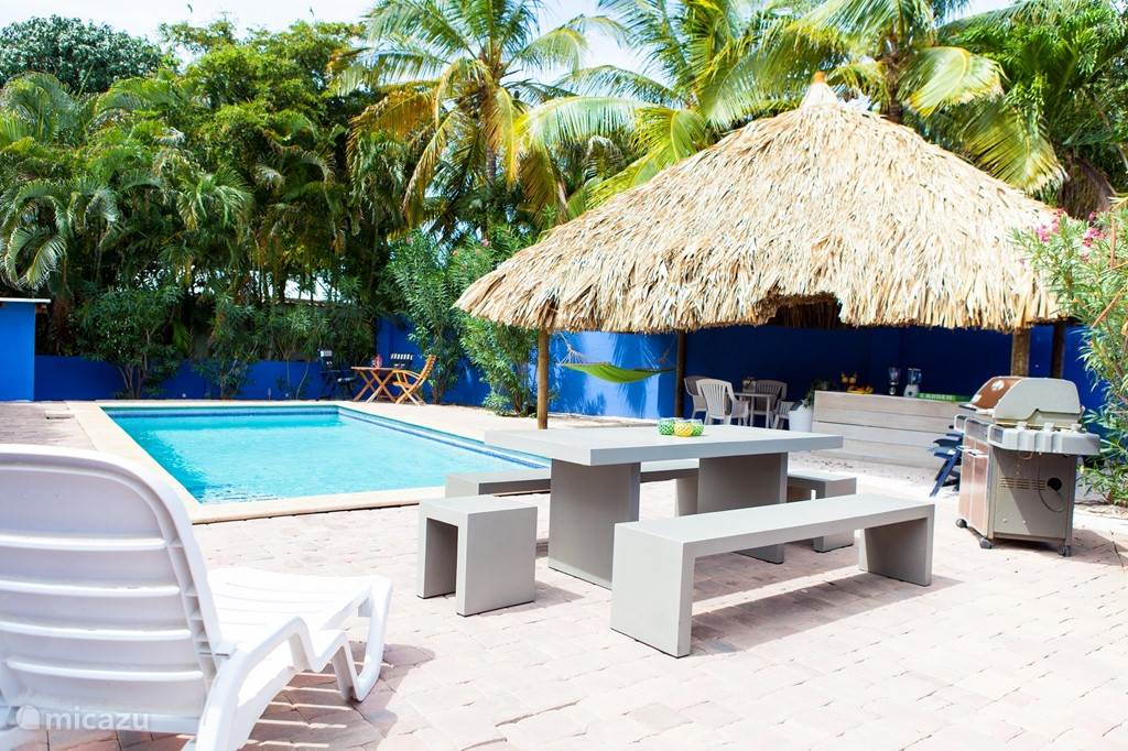 Vacation rental Curacao, Curacao-Middle, Girouette pension / guesthouse Shiloh's Bed & Breakfast Curacao