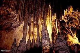 Grotten en mijnen