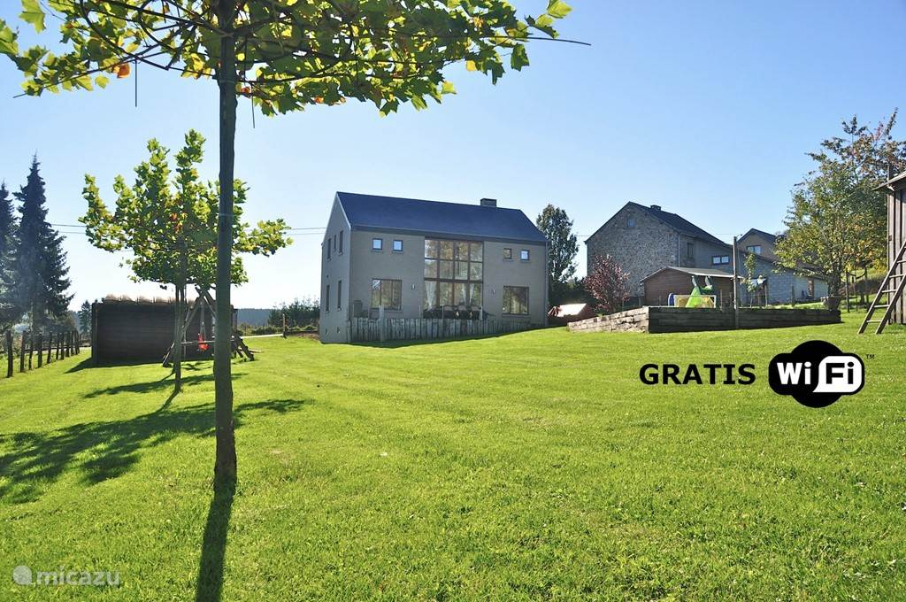Vacation rental Belgium, Ardennes, Dochamps holiday house Refuge en Verre