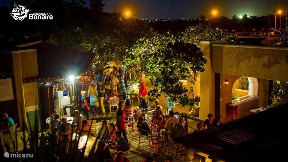Zazu Bar bij Bistro de Paris Bonaire