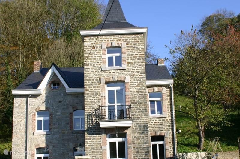 Vacation rental Belgium, Ardennes, Harzé Manor / Castle Petit Chateau Harze