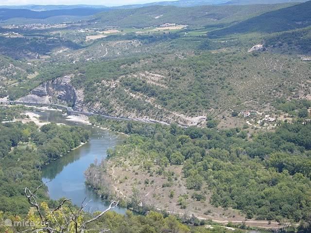 de schitterende omgeving in de Ardèche