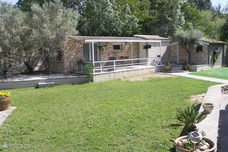 Vakantiehuis Frankrijk, Gard, Saint-Paulet-de-Caisson – bungalow La Prade
