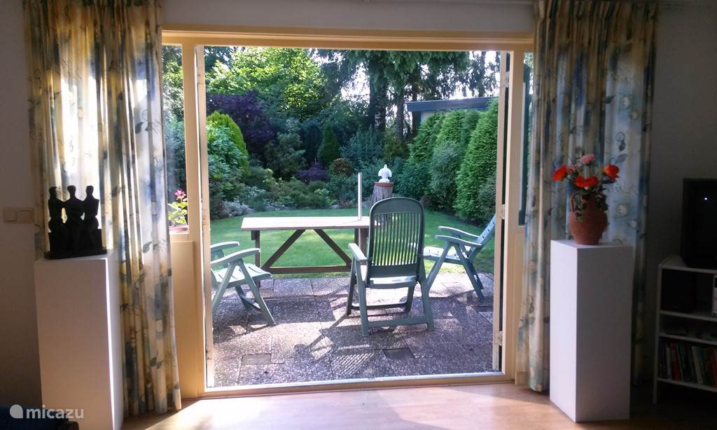 French doors to the garden