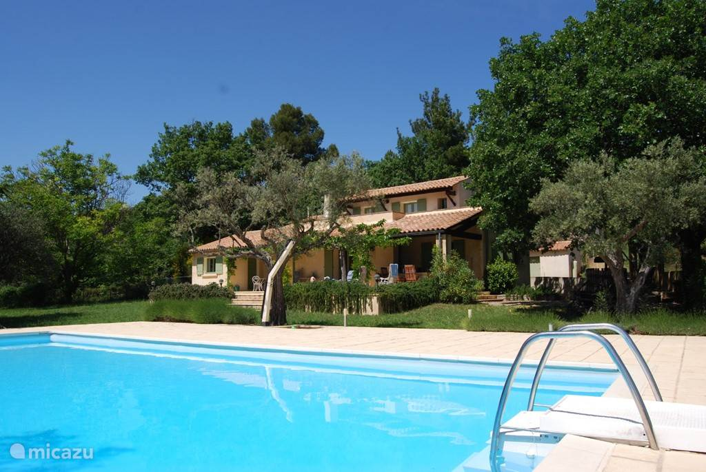 Vacation rental France, Languedoc-Roussillon, Aigaliers villa Les Olivettes
