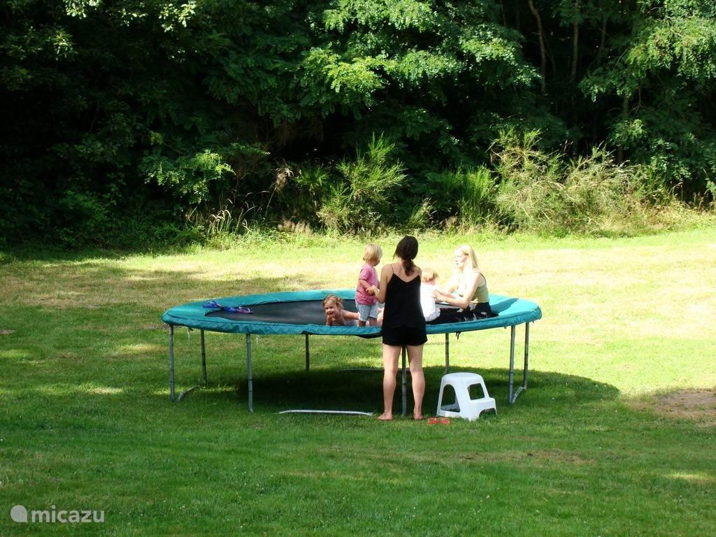 De trampoline voor jong & oud
