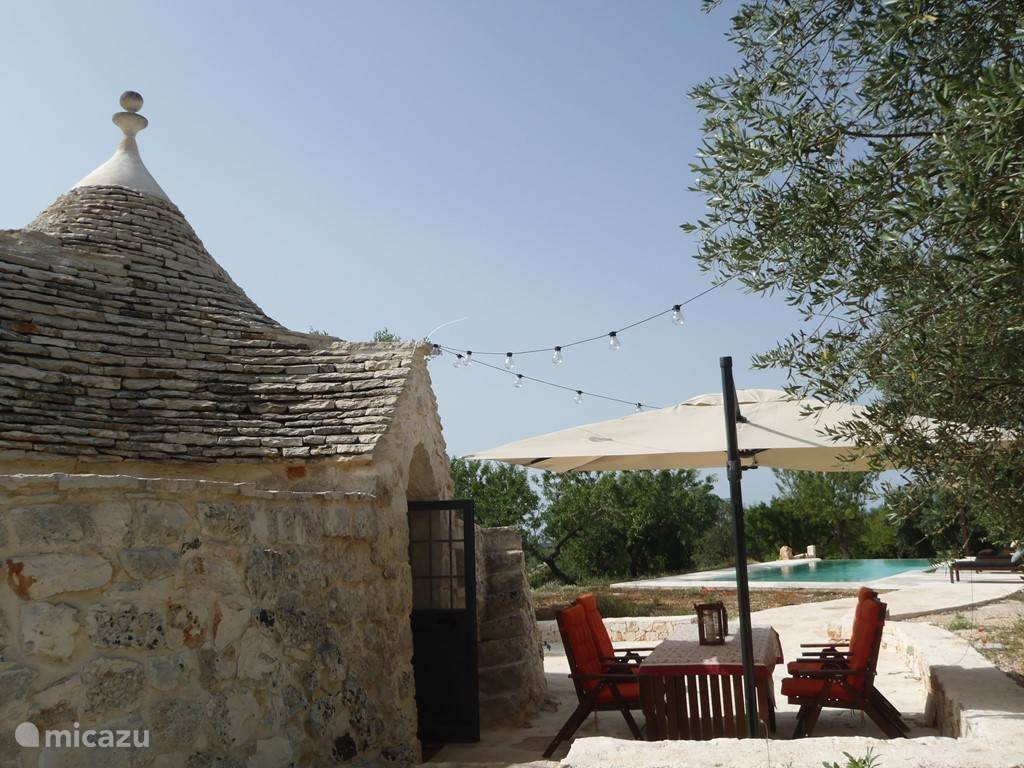 Trullo chantilly