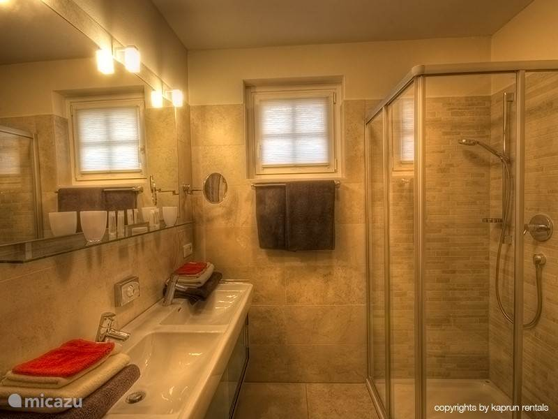 You have two beautiful, luxurious bathrooms, right next to each other. Is there one occupied, then you can jump to the other easily.