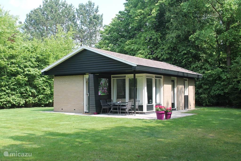Vakantiehuis Nederland, Overijssel, Denekamp - bungalow Dinkelhuisje