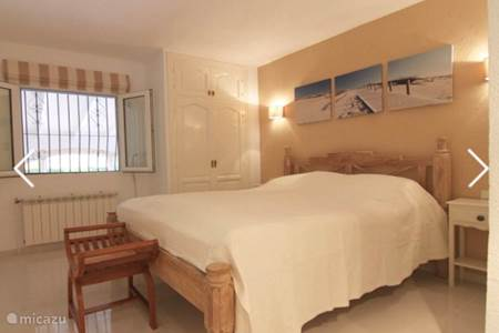 Vakantiehuis droomhuis in spanje in cabo roig costa blanca spanje huren - Deco master suite met badkamer ...