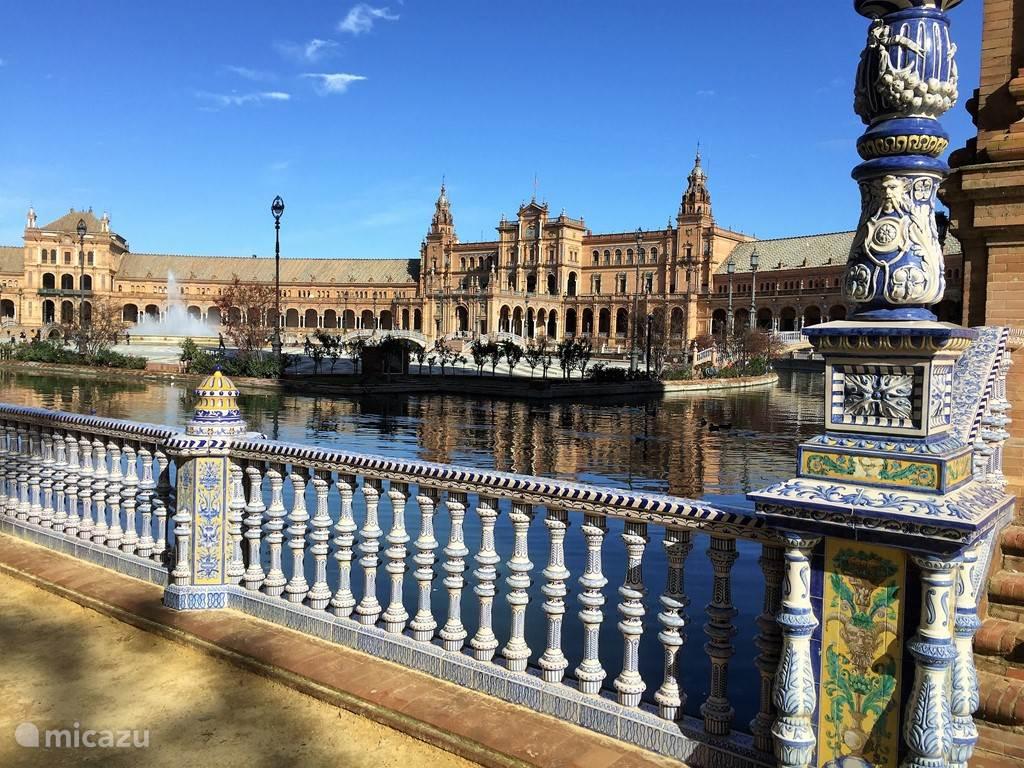 De Plaza de España