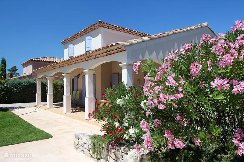 Vakantiehuis Frankrijk, Var, Nans-les-Pins Villa Exclusieve villa in Provence