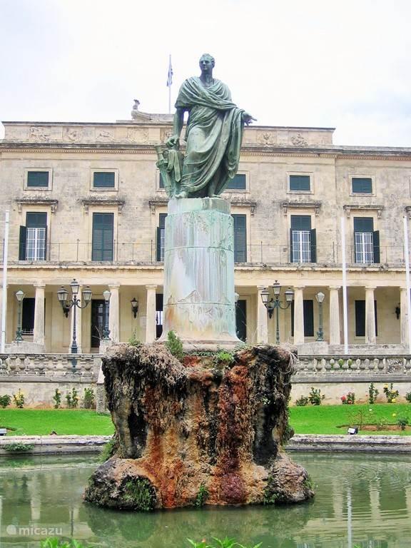 Kerkyra / Corfu stad.