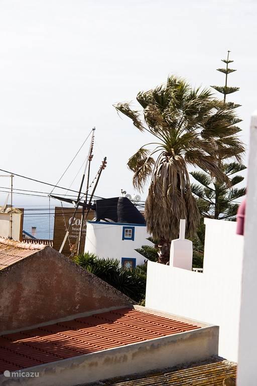 Molen van Ribamar. Herkenbaar punt. Te zien vanaf balkon