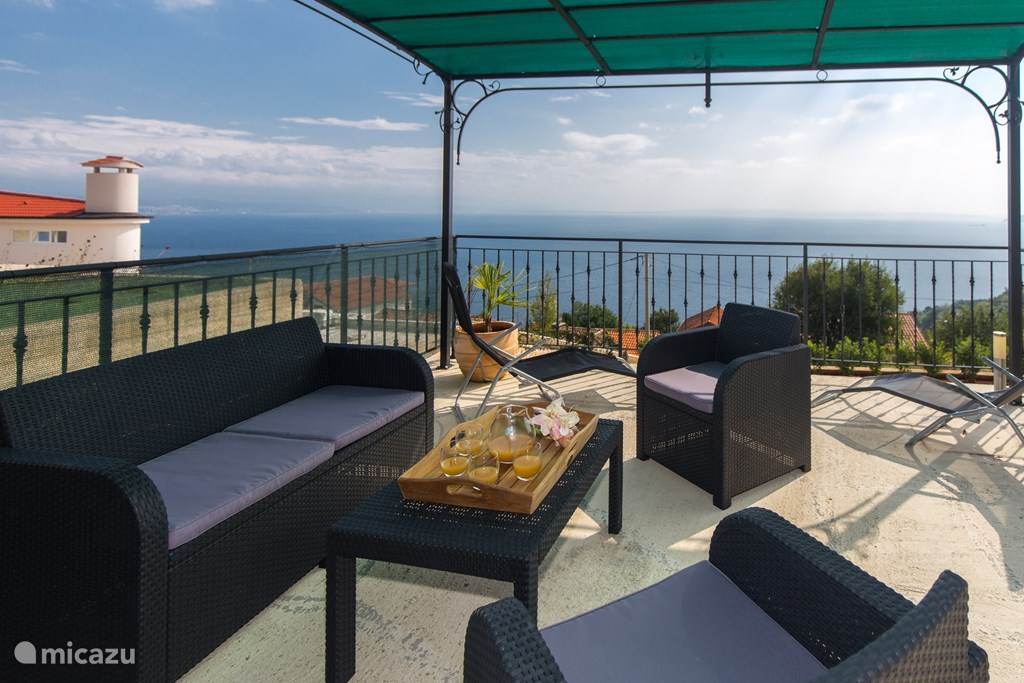 Vacation rental Croatia, Kvarner Gulf, Lovran apartment Villa Kyra