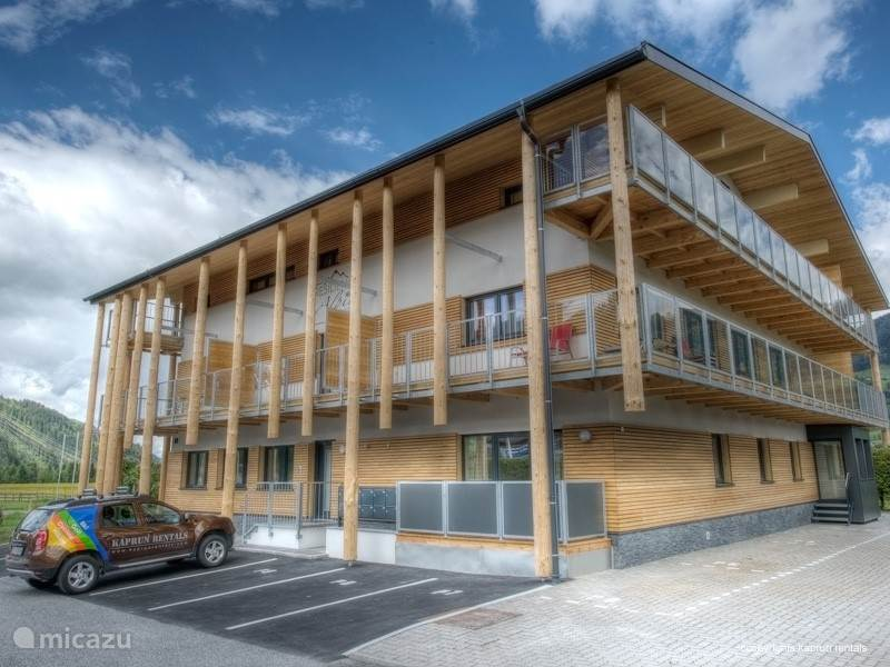 The stylish and unique Residence Alpin Kaprun complex contains a number of beautiful apartments overlooking the stunning countryside of the Hohe Tauern National Park. It has its own sauna and children's playroom and is within easy walking distance of the beautiful Kaprun town centre
