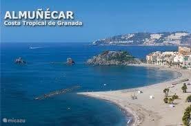 Almunecar heeft vele mooie stranden op 4 km vanaf het huis