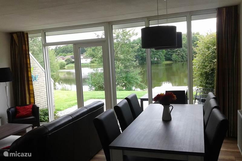 Vakantiehuis Nederland, Groningen, Vlagtwedde Bungalow Luxe 7 Pers Bungalow Emslandermeer