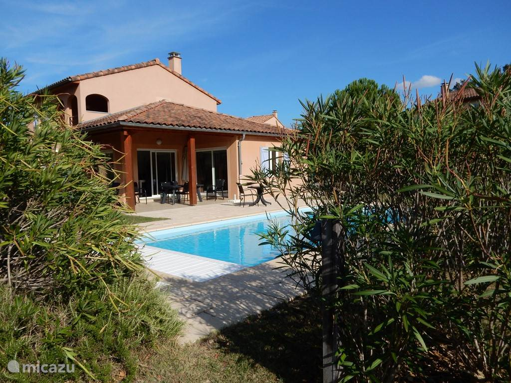 Vacation rental France, Ardèche, Vallon-Pont-d'Arc villa Schöne Aussicht