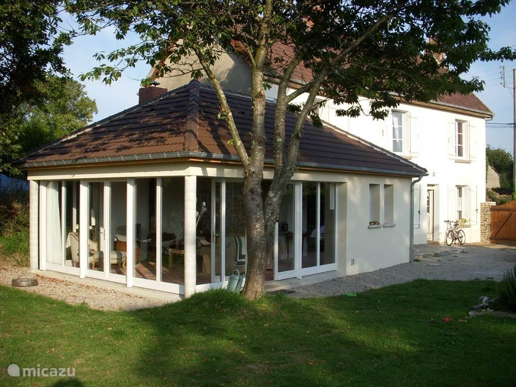 Vakantiehuis Frankrijk, Normandië, Angoville-sur-Ay Vakantiehuis Ruim vakantiehuis aan de kust