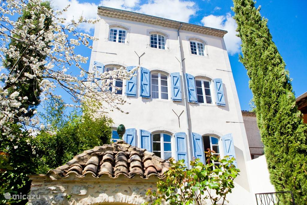 Vacation rental France, Languedoc-Roussillon, Saint-Hippolyte-du-Fort holiday house Les Trois Comtes