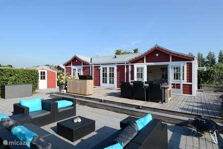 Vakantiehuis Nederland, Noord-Holland, Loosdrecht – chalet Chalet aan water in Loosdrecht