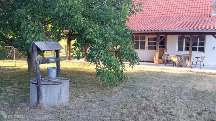 Maly Ranch, Een vrijstaand romantisch huisje in de natuur.
