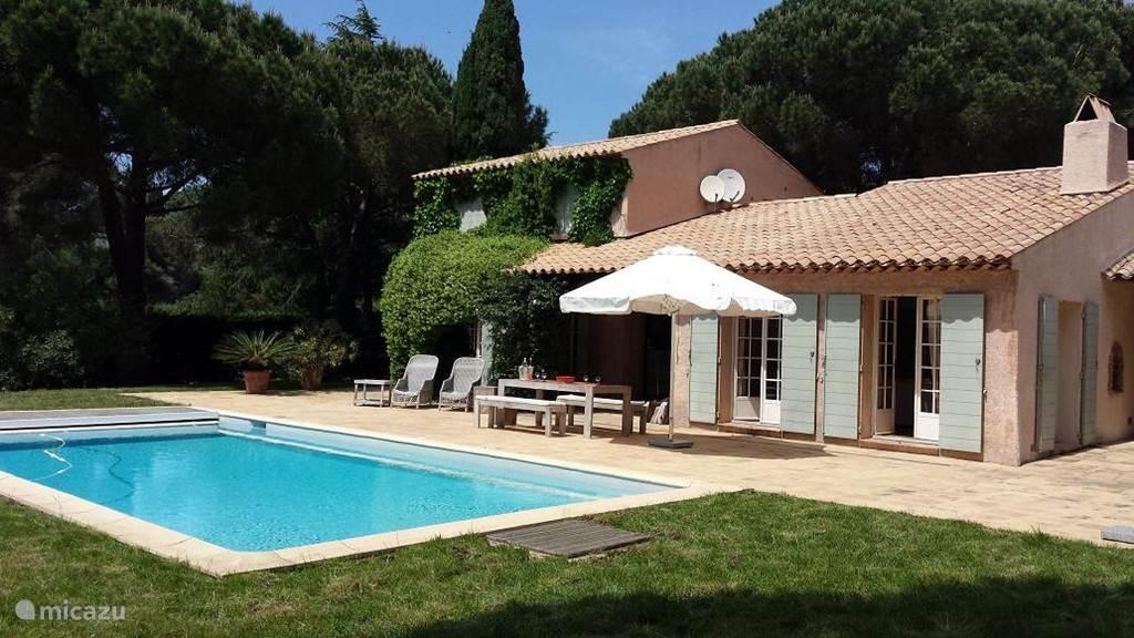 Vakantiehuis Frankrijk, Côte d´Azur, La Croix Valmer villa Les Roches Vertes