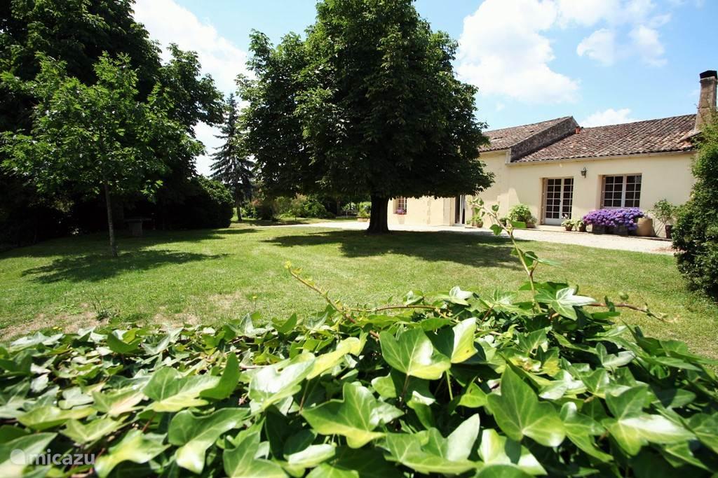 Vakantiehuis Frankrijk, Aquitaine, Les Salles de Castillon Bed & Breakfast Bleu Raisin Saint-Emilion