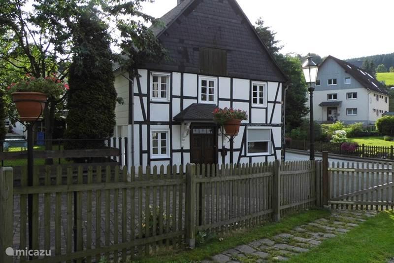 Vakantiehuis Duitsland, Sauerland, Olsberg-Elleringhausen Vakantiehuis Vakantiehuis Am Bach