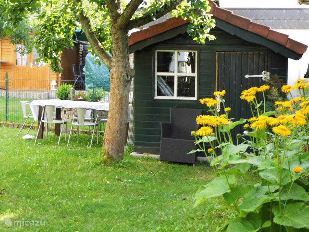 Tuinhuisje voor tuinmeubilair