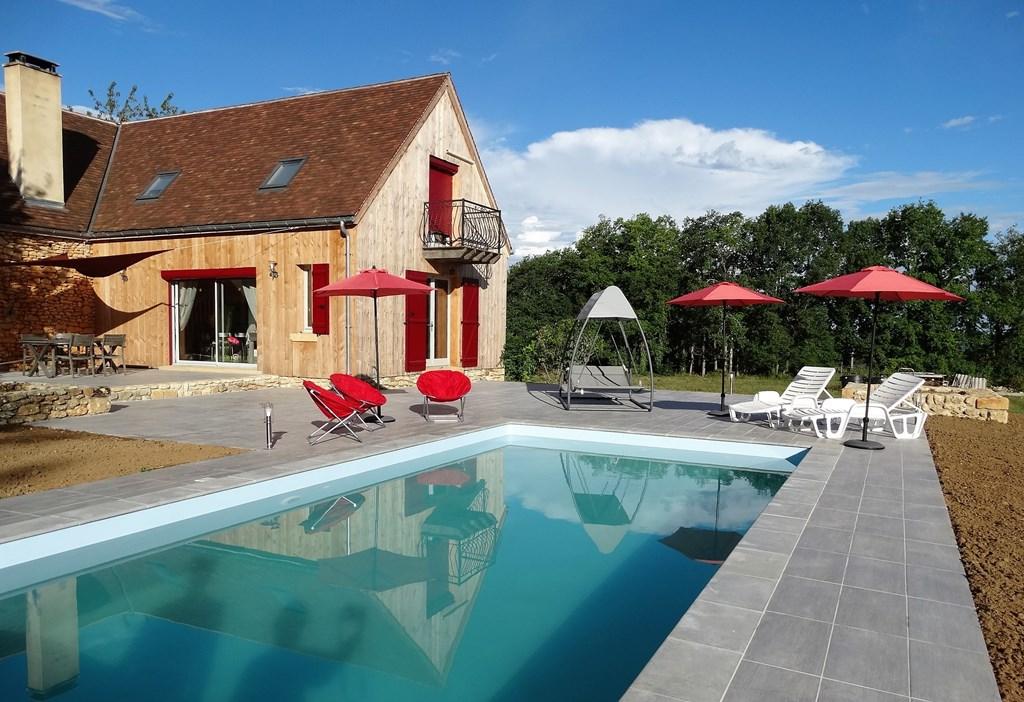 Nu in de maand mei 30% korting, prachtig vakantiehuis met verwarmd zwembad!!! In juni zelfs nog 20% - dat wordt genieten!!!