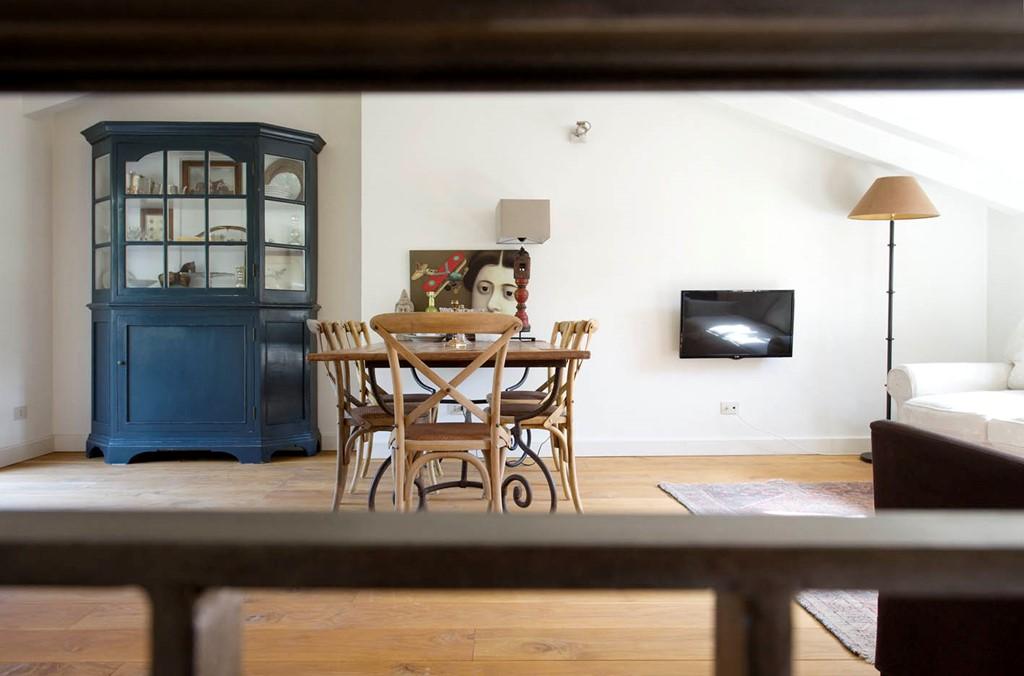 Slapen in een oude pastafabriek? Boek nu Last Minute met 10% korting. Het ruime en luxe appartement ligt in het authentieke Italiaanse dorp Airole!