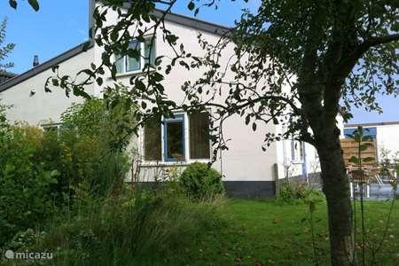 Vakantiehuis Nederland, Groningen, Pieterburen geschakelde woning Kiekendief
