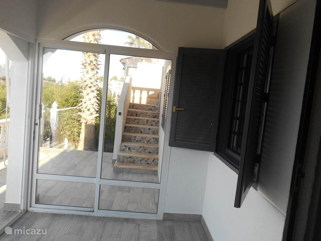 trap naar terras boven