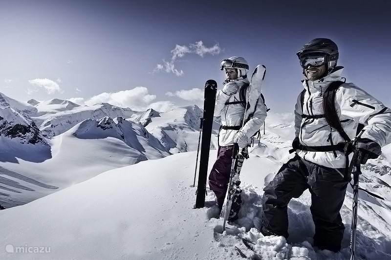 4 Seasons in Kaprun / Zell am See: Ski & Snowboard