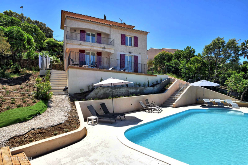 Vacation rental France, French Riviera, Les Issambres villa Villa Roca